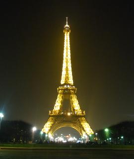 Eiffel_Tower_5.jpg